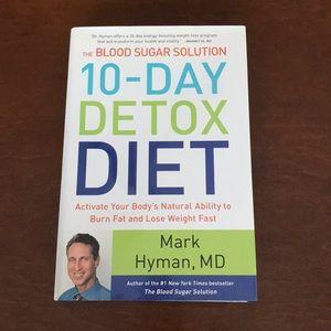 FREE IN BUNDLE. 10-Day Detox Book